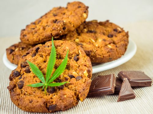 Eating weed edible cookies for first time