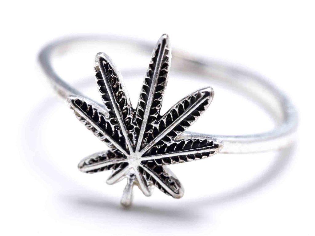 Конопля серебро цена одного грамма марихуаны