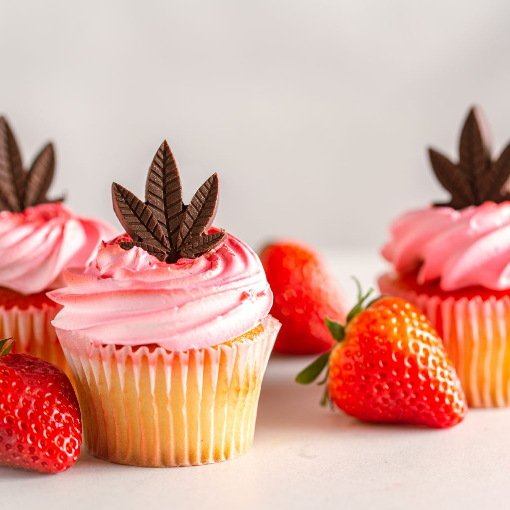 cannabis cupcakes for party favors