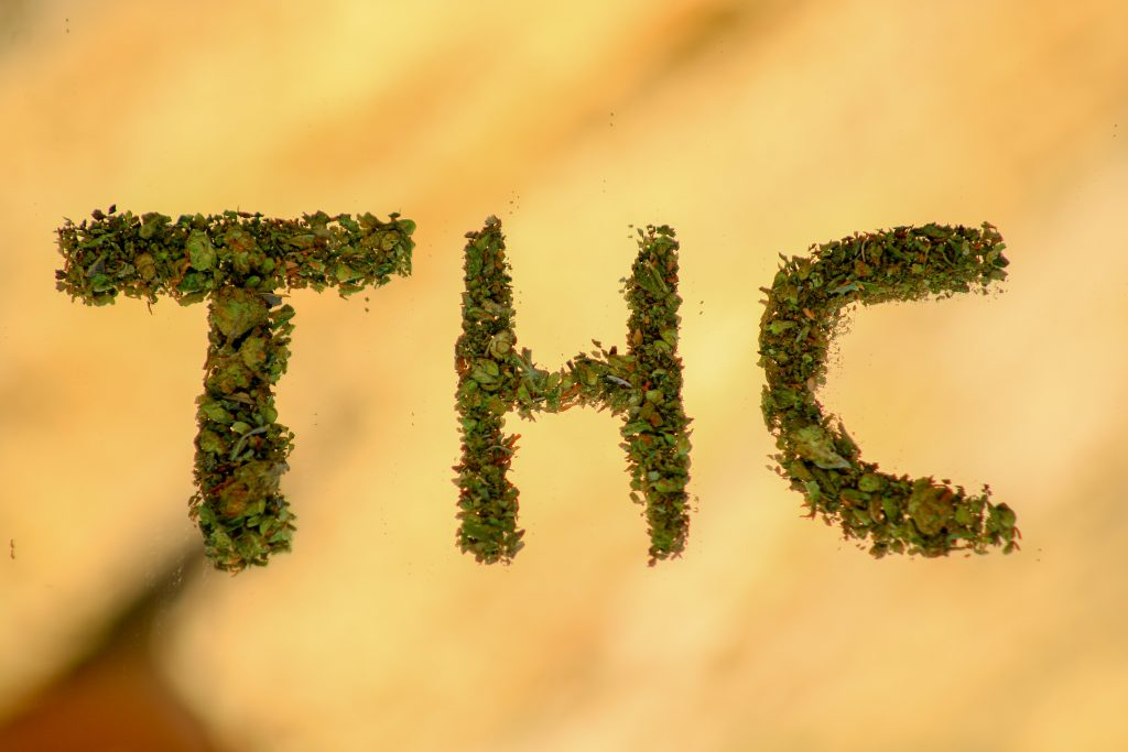 THC spelled with buds