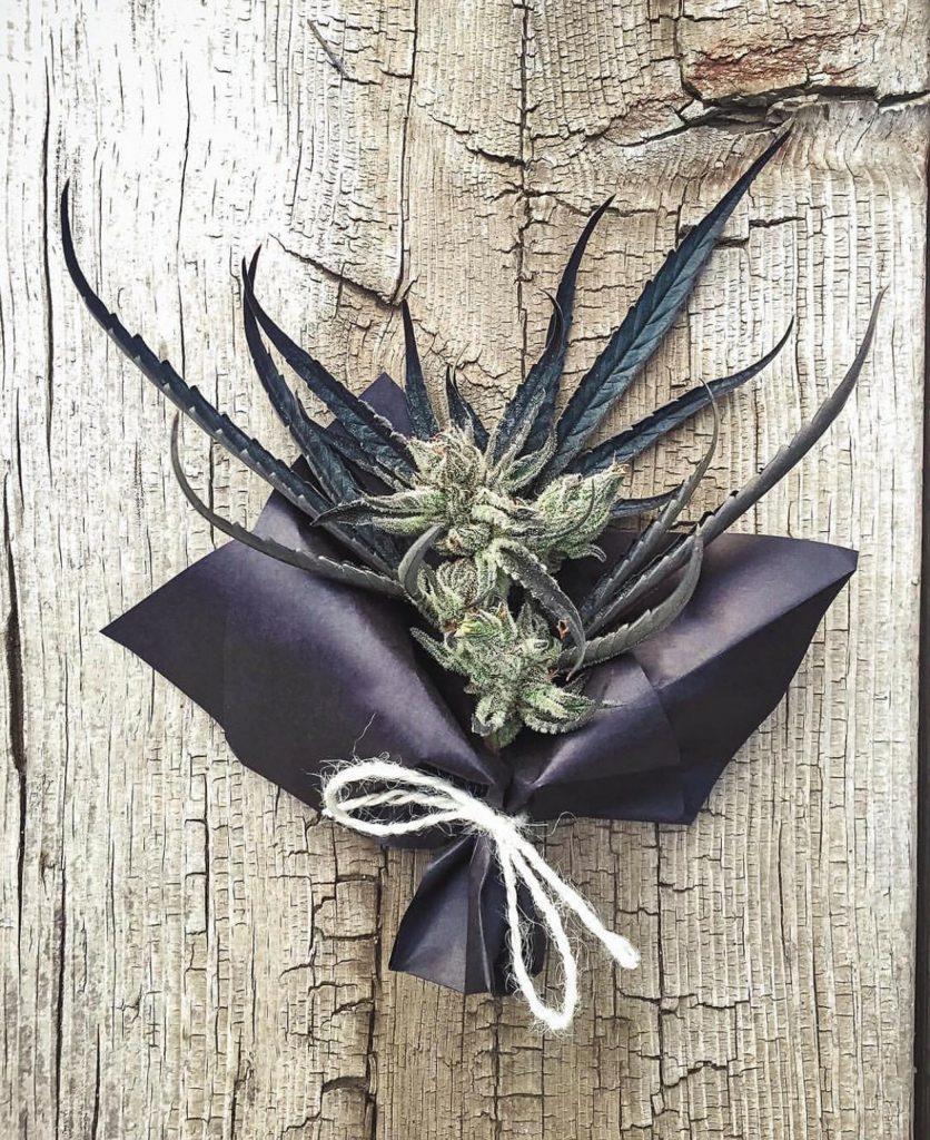 weed decor for cannabis wedding