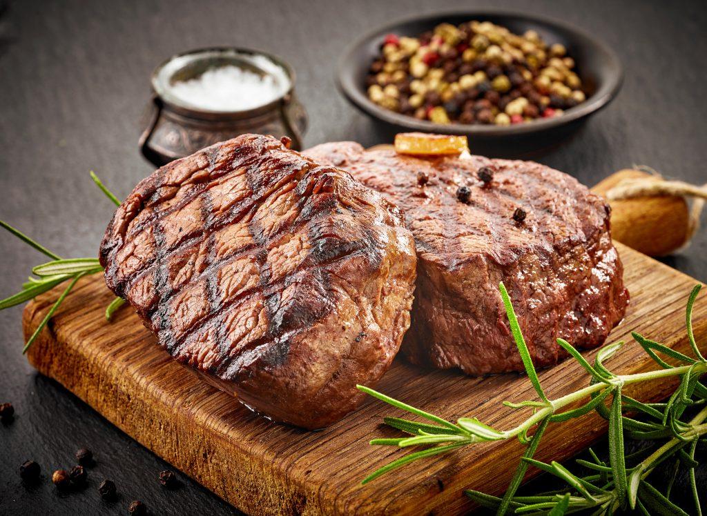 cbd-oil-rub-steak