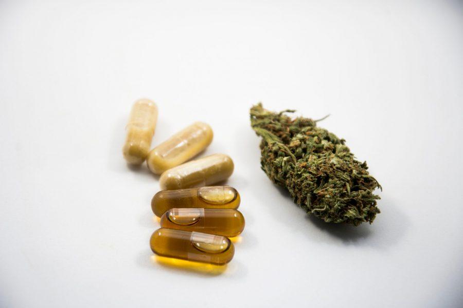 CBD-Capsules-Cannabis