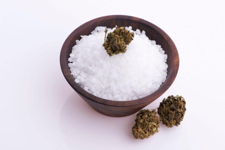 cannabis-infused-salt