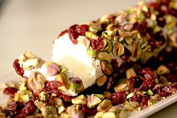 cranberry-cannabis-goat-cheese-log-recipe