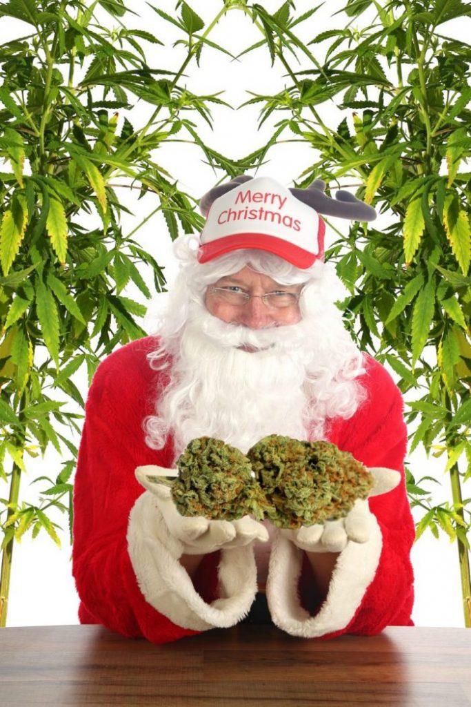marijuana-Santa