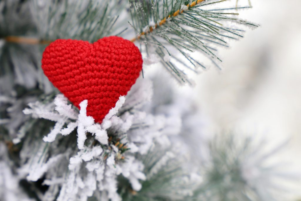 valentines-christmas-tree-trend
