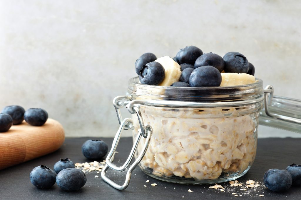 blueberry-overnight-oats