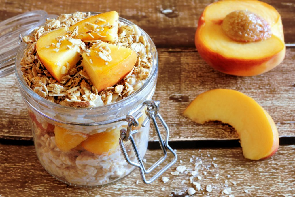 peach-overnight-oats