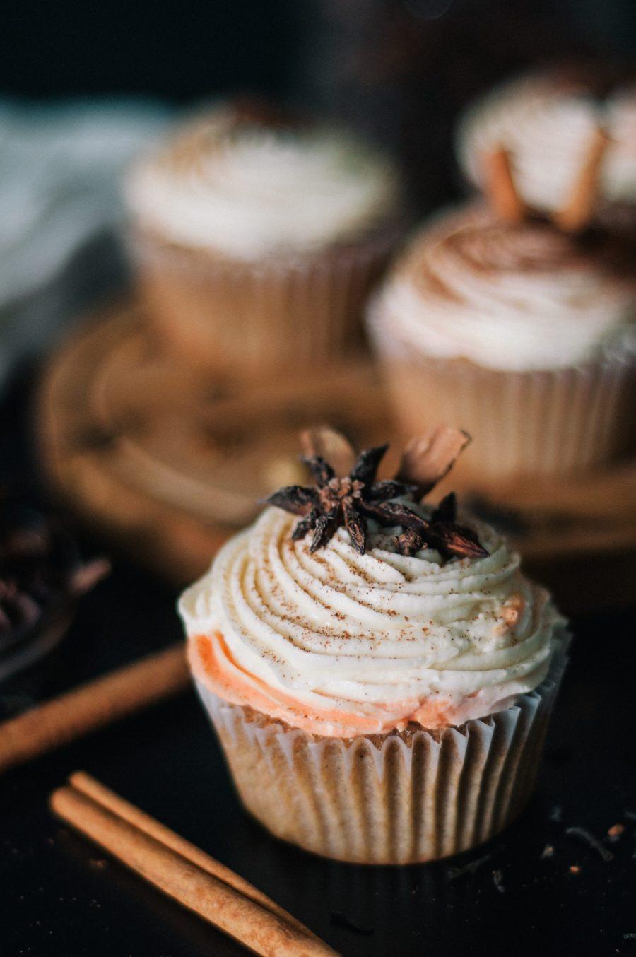 chai-latte-cupcake